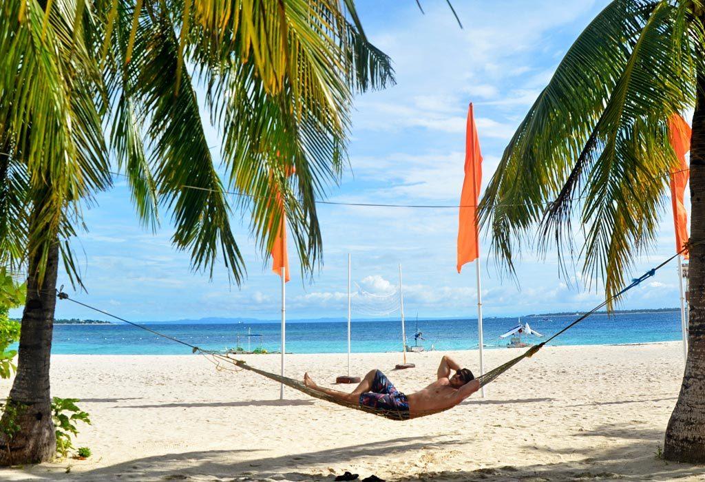 Bantayan ostrov, pláž na Virgin island, Filipíny