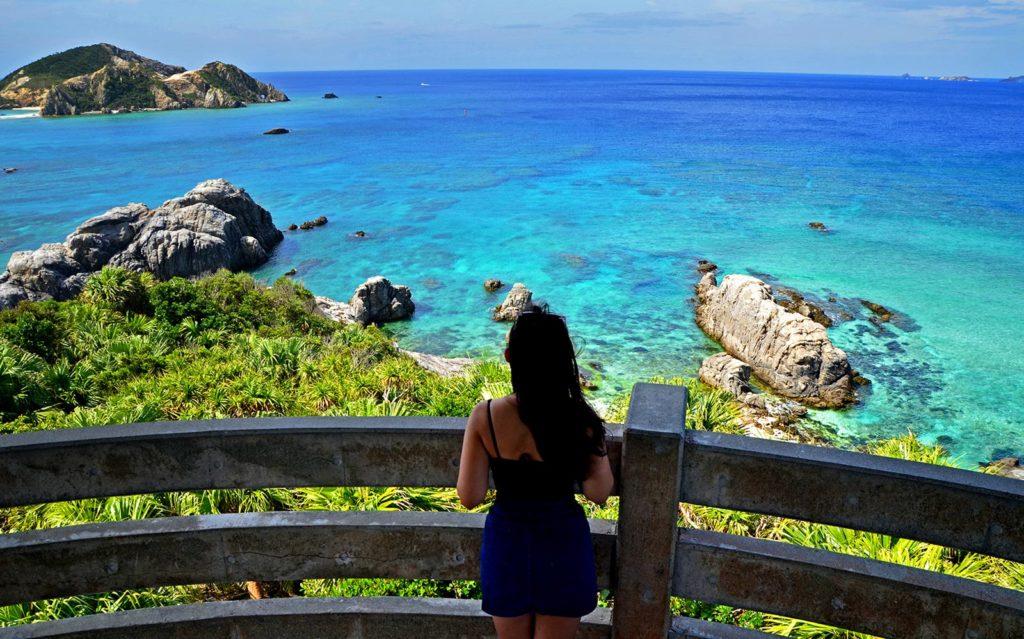 Ostrov Tokashiki ponúka na každom rohu nádherné výhľady.