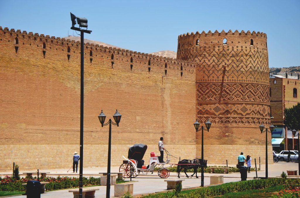 "V centre mesta Shiraz nájdete hrad ""Arg of Karim Khan"""